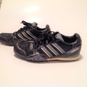 adidas Men's Soccer Shoes Turf Size 9.5 In GUC